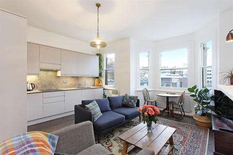 2 bedroom flat for sale - Valmar Road, SE5 9NG