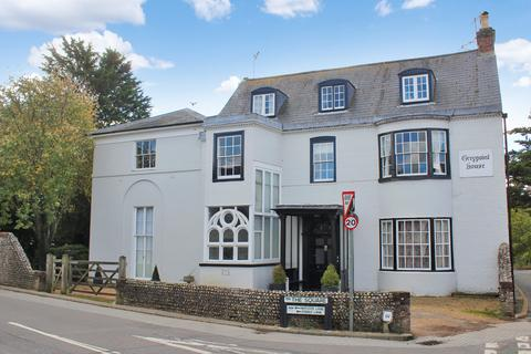 3 bedroom apartment for sale - Findon Village - 2nd floor apartment