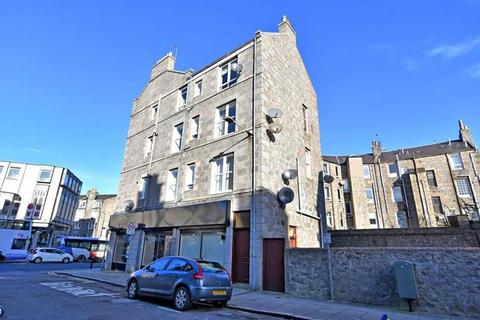 1 bedroom flat to rent - Hollybank Place, Top Left, AB11