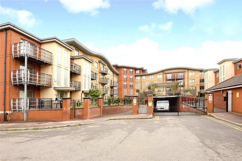2 bedroom apartment to rent - Quadrant Court, Jubilee Square, Reading, Berkshire, RG1
