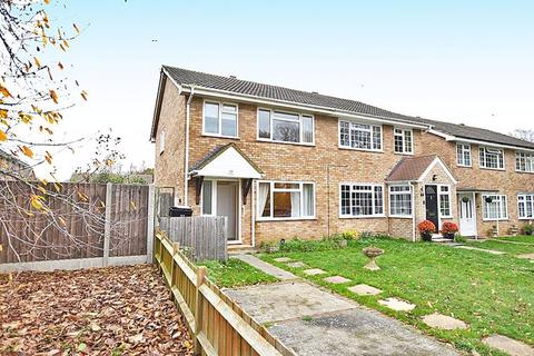 3 bedroom semi-detached house for sale - Bargrove Road, Maidstone ME14