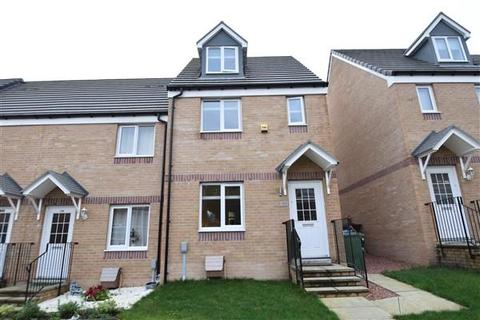 3 bedroom end of terrace house for sale - Tillycairn Drive, Glasgow, G33 5AF