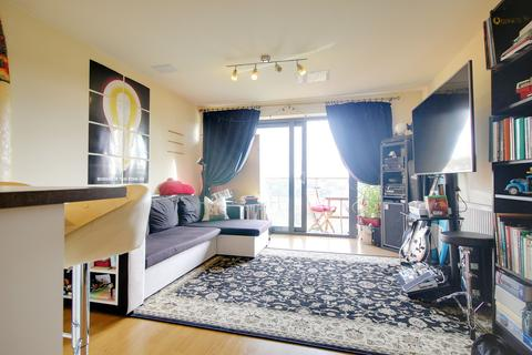 1 bedroom apartment to rent - McFadden Court, Leyton