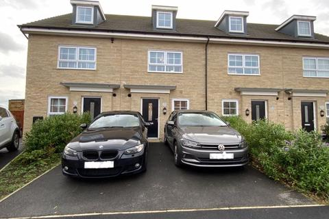 4 bedroom terraced house for sale - Sgt Mark Stansfield Way, Hyde
