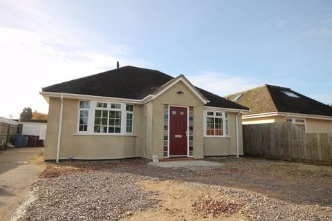 3 bedroom detached bungalow for sale - The Moors KIDLINGTON