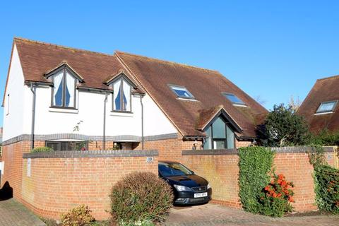 2 bedroom semi-detached house for sale - Swan Walk, Thame