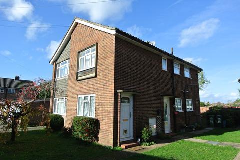 2 bedroom maisonette to rent - Chattern Hill, Ashford, TW15