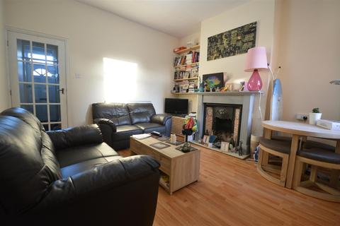 4 bedroom terraced house to rent - Selly Oak, Birmingham, B29 7QX
