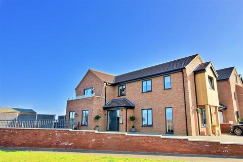 4 bedroom link detached house for sale - Sheringham, NR26