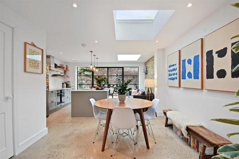 2 bedroom house for sale - Hofland Road, Brook Green, London W14