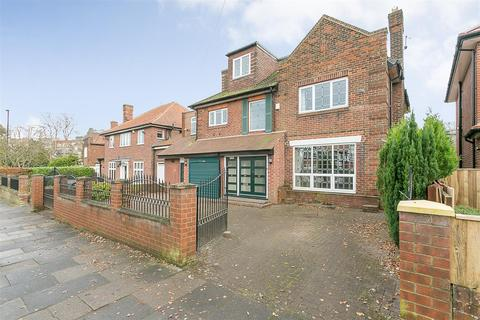 5 bedroom detached house to rent - Montagu Avenue, Gosforth, Newcastle upon Tyne