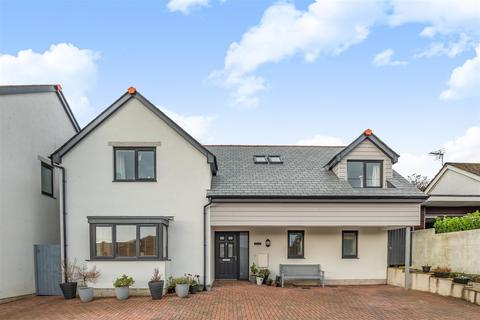 4 bedroom detached house for sale - Tywardreath