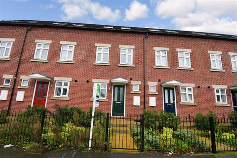 3 bedroom terraced house for sale - Leads Road, Hull, East Yorkshire, HU7