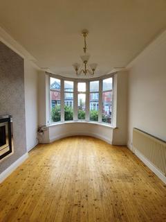 3 bedroom semi-detached house to rent - Hazel Grove, Blackpool, Lancashire