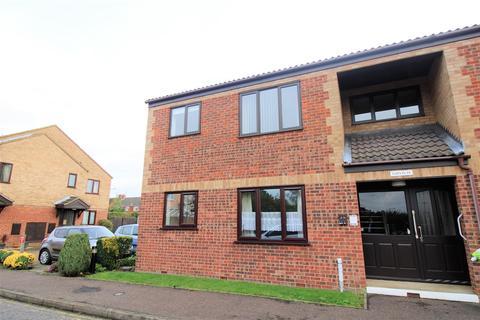 2 bedroom flat for sale - Lavender Court, Gaywood