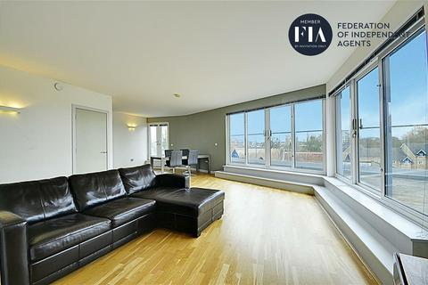 3 bedroom penthouse for sale - Bridge House, London Road, Brentford