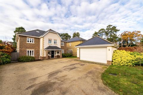6 bedroom detached house to rent - Walkers Ridge, Camberley