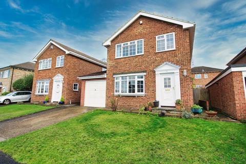 4 bedroom detached house - Parkdale, Danbury, Chelmsford, Essex, CM3