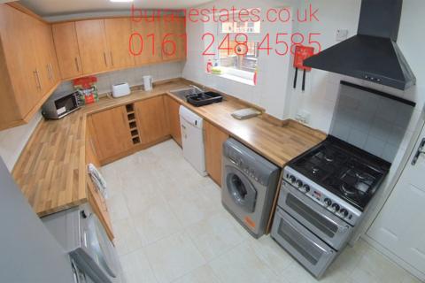 5 bedroom terraced house to rent - Landcross Road, Bills Included