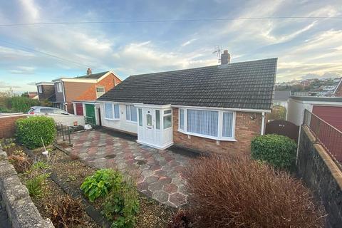 3 bedroom bungalow - West Cross Lane, West Cross, Swansea, City & County Of Swansea. SA3 5NQ