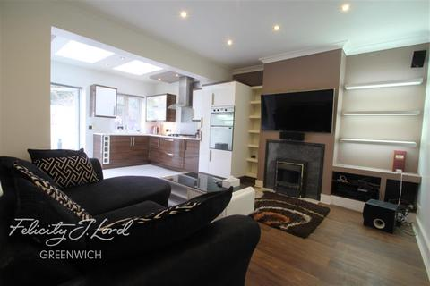 3 bedroom detached house to rent - Tunnel Avenue