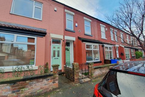 3 bedroom terraced house to rent - Birdhall Grove, Manchester, M19