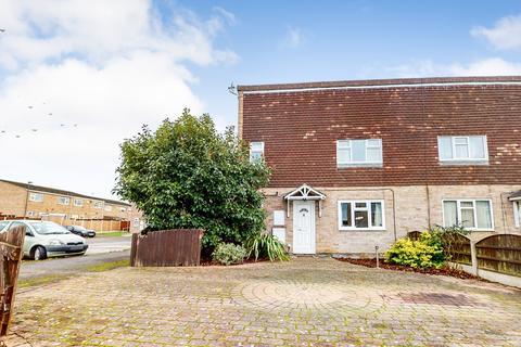 4 bedroom semi-detached house for sale - Finsley Walk,Derby,DE23 1RF