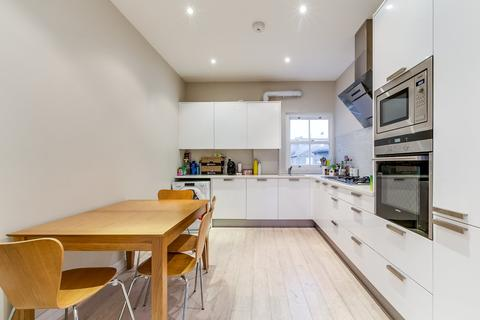 3 bedroom maisonette for sale - Cavendish Road, London