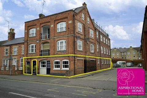3 bedroom apartment for sale - 1 Grove Street, Raunds, Wellingborough, Northamptonshire