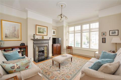 3 bedroom terraced house for sale - Kinveachy Gardens, Charlton, London, SE7