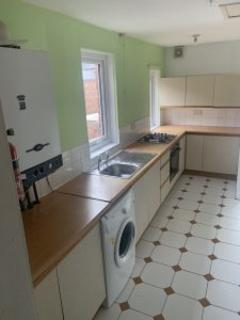 5 bedroom terraced house to rent - Hazelwood Avenue NE2