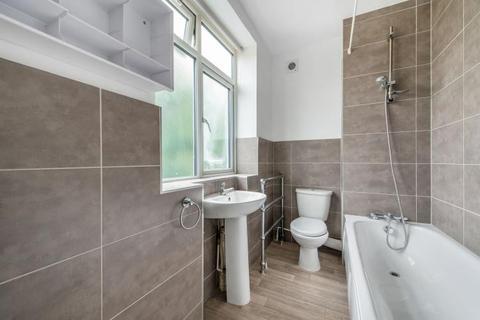 3 bedroom terraced house to rent - Nightingale Lane, London, SW4