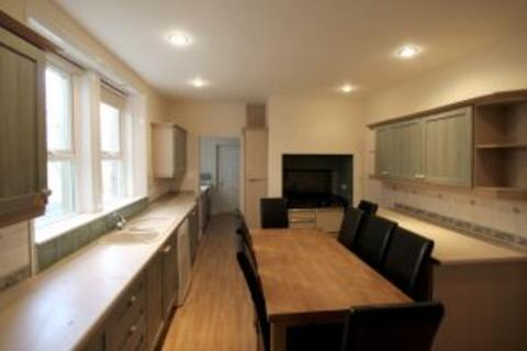9 bedroom terraced house to rent - St Georges Terrace NE2