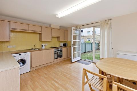 3 bedroom maisonette for sale - Blandfield, Edinburgh, EH7