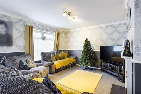 2 bedroom flat for sale - Malwood Avenue, Southampton, SO16 6RW