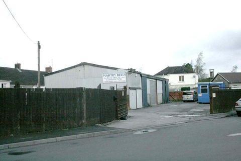 Property to rent - Field, Victoria Crescent, Llandovery, Carmarthenshire .