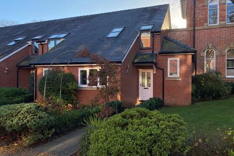 2 bedroom mews to rent - Houseman Crescent, West Didsbury