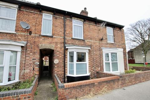2 bedroom terraced house - Foss Bank, Lincoln