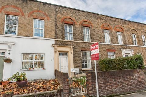 3 bedroom terraced house for sale - Fairfield Road, E3