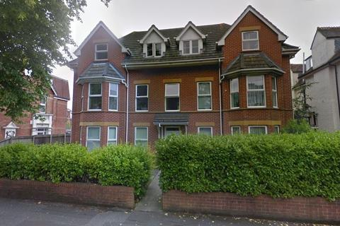 2 bedroom apartment for sale - Hawkwood Road, Bournemouth, BH5