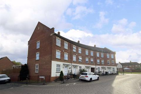 5 bedroom townhouse for sale - Hamilton Circle, Hamilton, Leicester