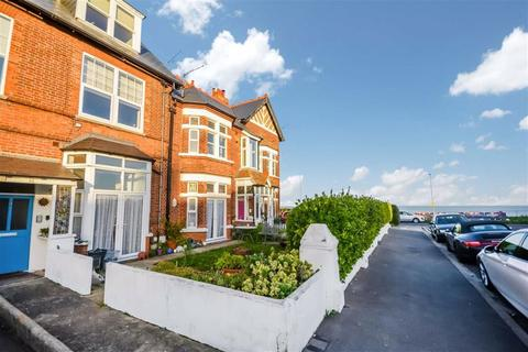 2 bedroom flat for sale - Seapoint Road, Broadstairs, Kent