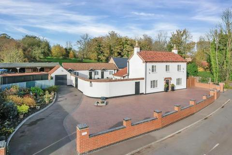 8 bedroom detached house for sale - Southwell Road, Lowdham, Nottingham
