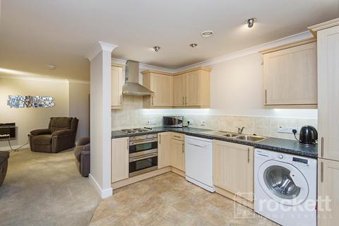 2 bedroom apartment to rent - Windsor Court, No1 London Road