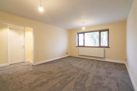 2 bedroom maisonette for sale - Claremont Crescent, Crayford, Dartford
