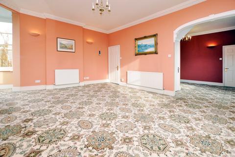 2 bedroom flat for sale - Church Street, Great Baddow, Chelmsford, CM2