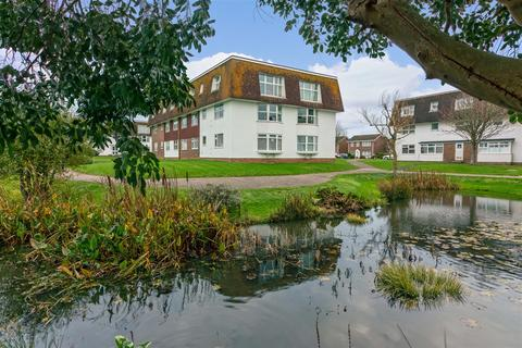 2 bedroom flat for sale - Westlake Gardens, Worthing