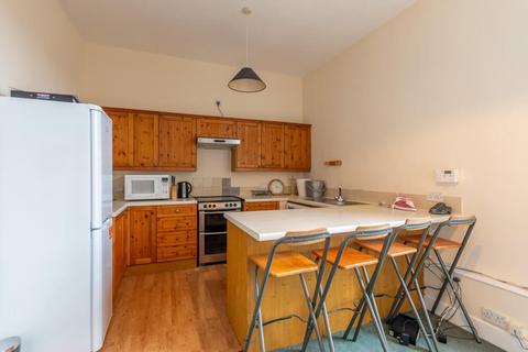 3 bedroom property to rent - West Preston Street Edinburgh EH8 9PY United Kingdom