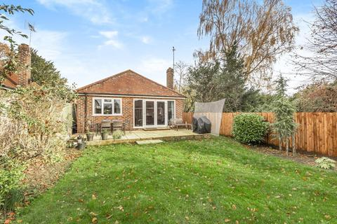 3 bedroom detached bungalow for sale - Fyning Lane, Rogate, GU31