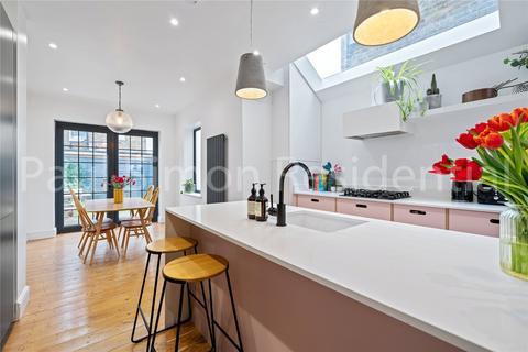 3 bedroom terraced house for sale - Clinton Road, London, N15